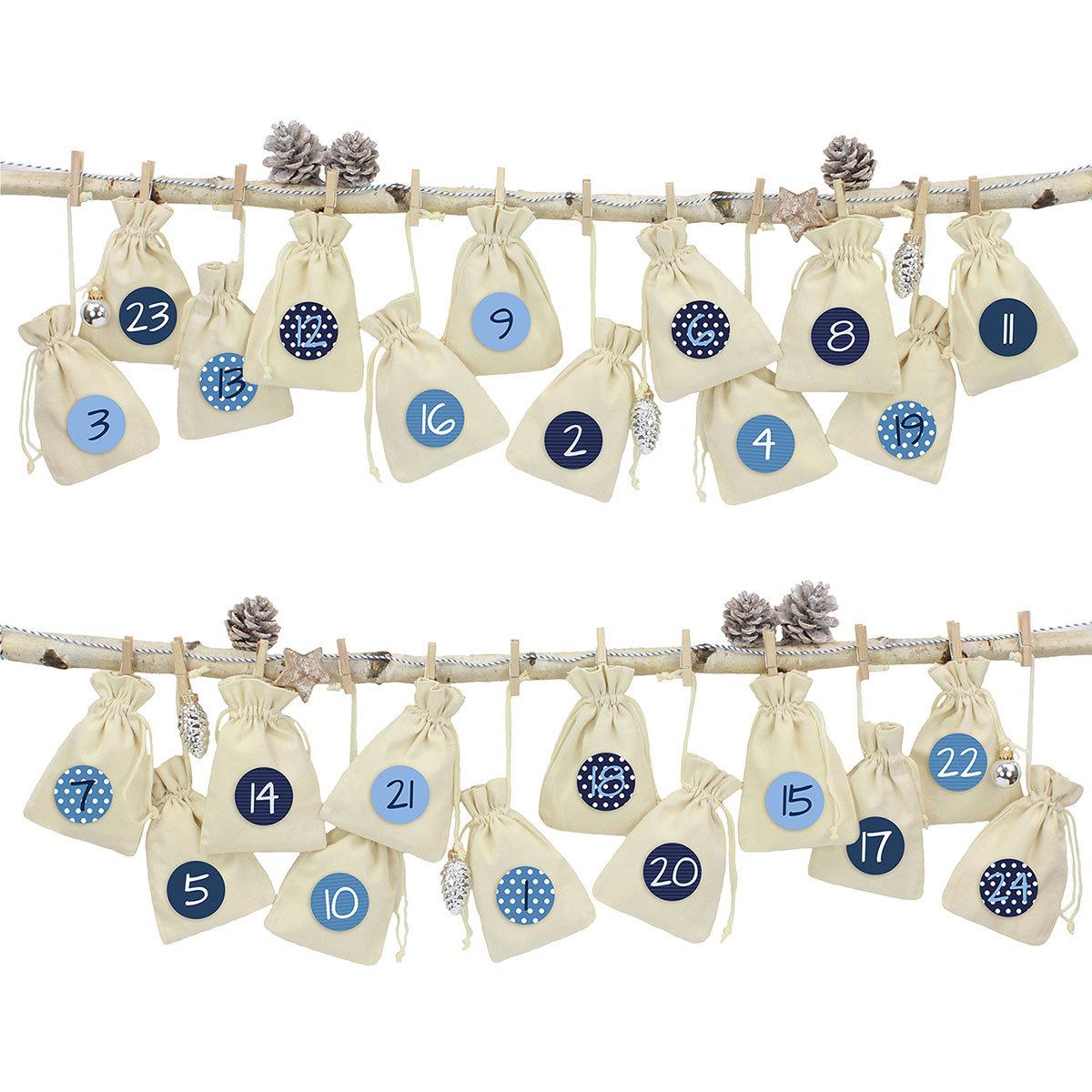 24 adventskalender stoffs ckchen zum aufh ngen leinen blau papierdrachen. Black Bedroom Furniture Sets. Home Design Ideas
