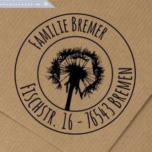 Individueller-runder-Holz-Adressstempel-mit-Pusteblumen-Motiv-personalisierter-Stempel-mit-Namen-Adresse-B01CMIFG38.jpg