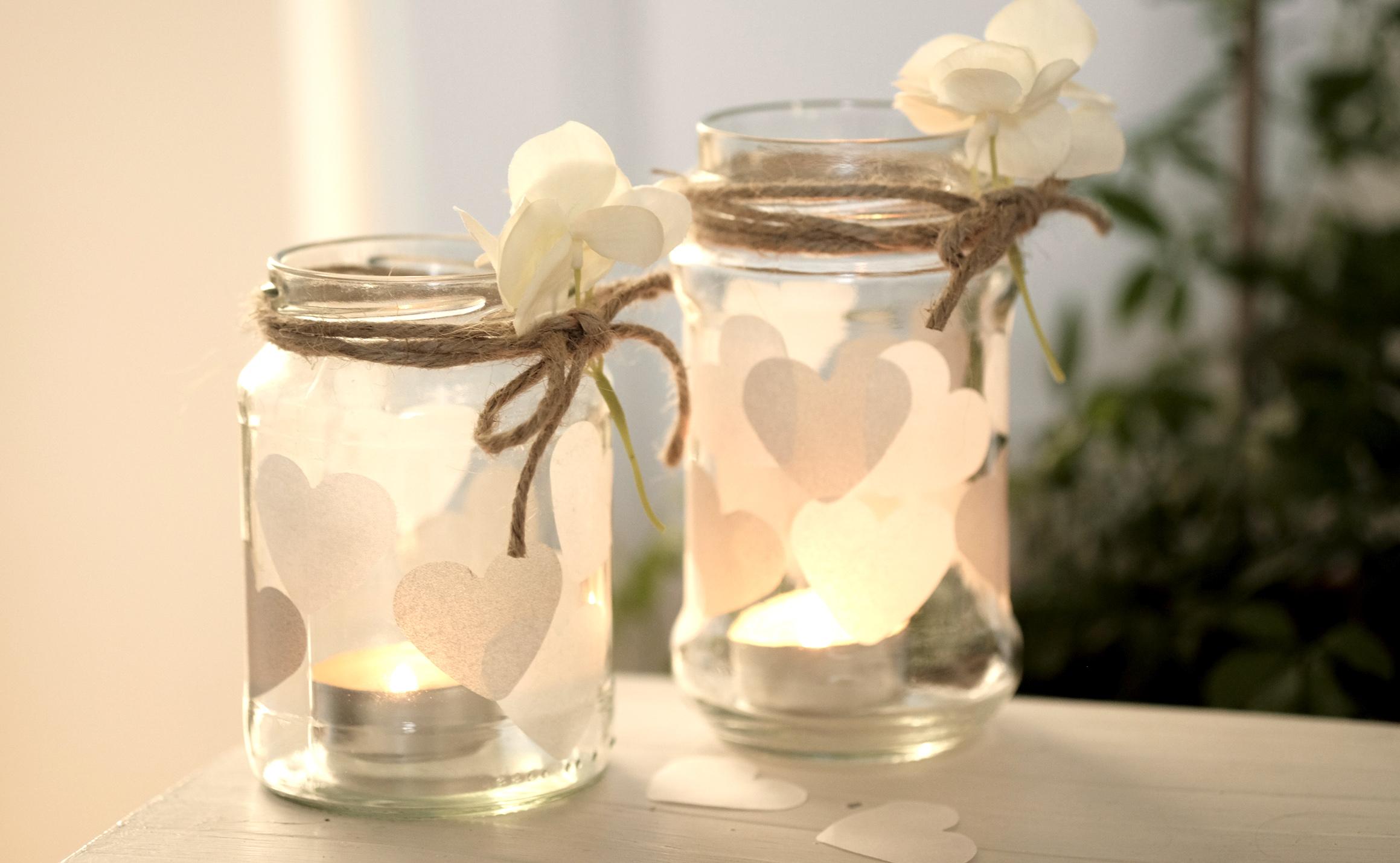 Mit Selbstgestalteten Windlichtern Im Romantischen Design Kommt Garantiert  Feierliche Stimmung Auf! Das Beste Daran: Es Kostet Fast Nichts Und Das  Basteln ...